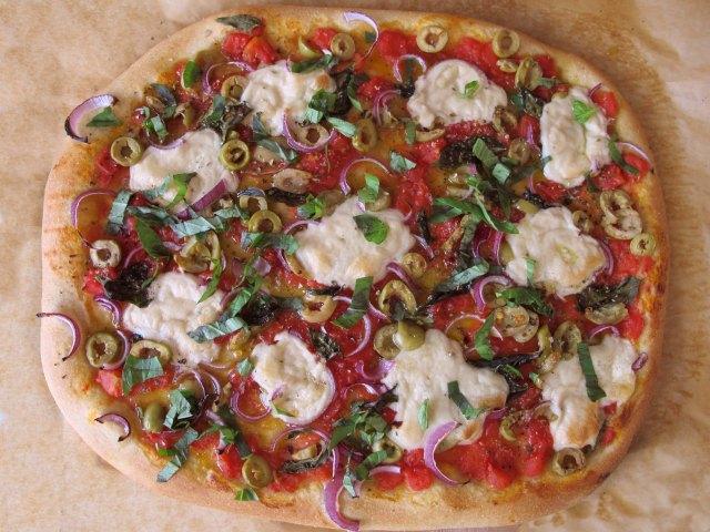 כמה דקות בתנור והפיצה מוכנה! קשה להתעלם מהריח.